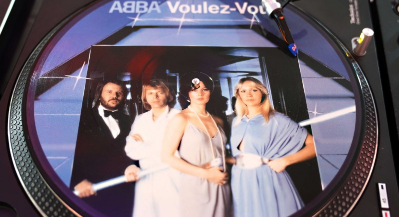 ABBA - Voulez Vous, Waterloo, Dancing Queen, Take A Chance On Me